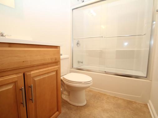 Novak #2 bathroom (1).jpg