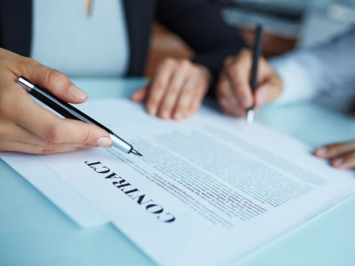 Trasferimento dati all'estero, nuove clausole contrattuali standard dalla Commissione Ue