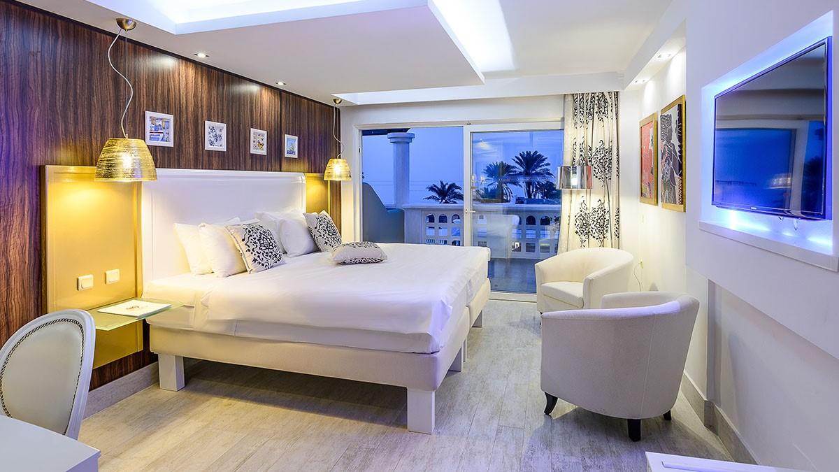 Crete-Beleon-Tours-Radisson-Blu-Beach-Resort-ex-Minos-Imperial-Resort-(21)_3182_Gallery