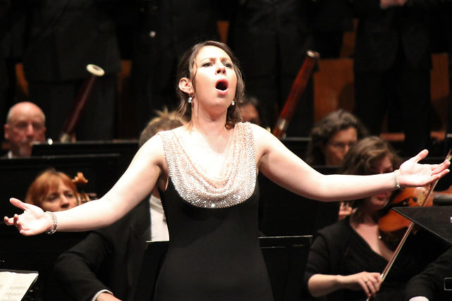 Jessica Latouche; Création de l'Hymne d'Espoir avec l'Orchestre symphonique de Québec, mai 2016; Photo Catherine Musgrove