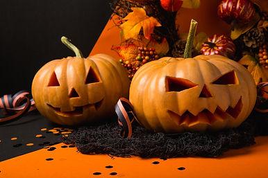 autumn-background-blur-619424.jpg