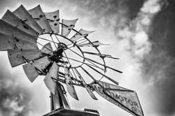 Close up windmill 2 LCJ (1 of 1).jpg
