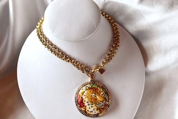 Vintage Luxury Scarf Pendant Necklace