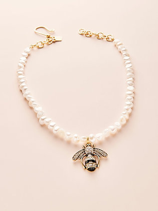 "16-18"" Fresh Water Pearl & Bee Necklace"