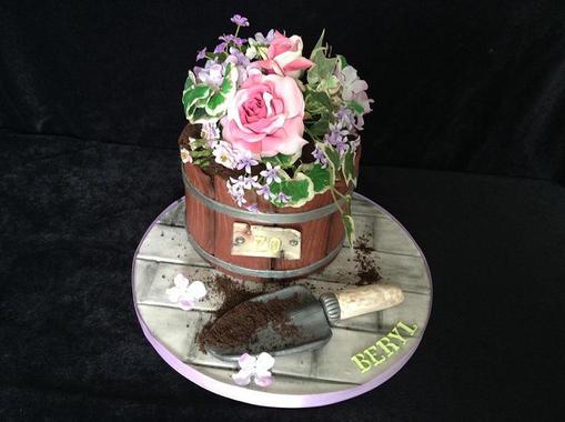 flower pot and trowel.jpg