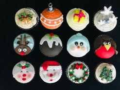 xmas cupcakes 1.JPG