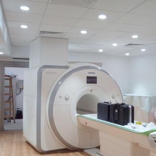 חדר MRI.jpg