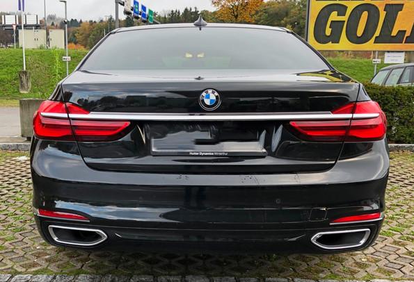 BMW 740LD BACK