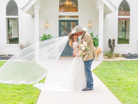Taylor + Keet's New Braunfels Wedding at Chandelier of Gruene