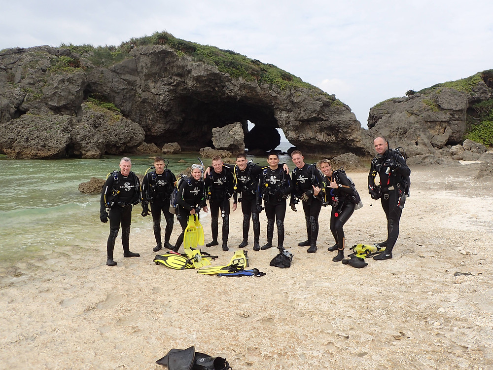 Open water Divers finishing the course