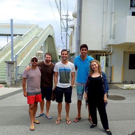 Pedro pelo Mundo em Okinawa - Aloha Divers Okinawa