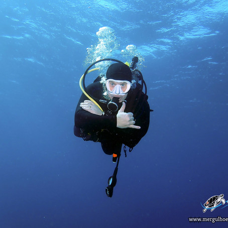 Fun Diver in Itoman - Aloha Divers Okinawa - Mergulho em Okinawa