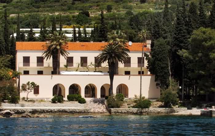 Hochzeit in einer privaten Villa am Meer Hochzeit in Kroatien - Johanna Langer Weddings