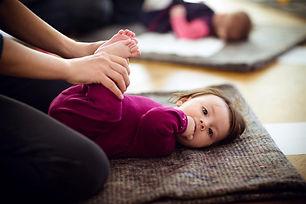 11476-anouchka-danse-et-yoga-parents-beb