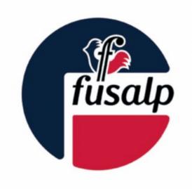 Fuslap S'engage et Baskets aux Pieds