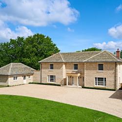 Grange Hill Grey and Cream Mix building stone with stone masonry finishes