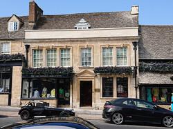Restoration of front elevation for Oxford Shirt Company, Burford