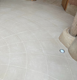 Portland Rotund Floor