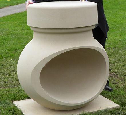 Marmite-sculpture1.jpg