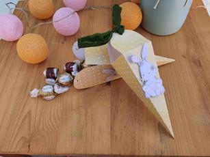 Caixinha formato Cenoura para Páscoa