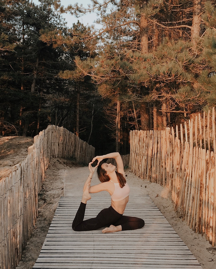 Alexandra Bernard Yoga En Ligne.jpg