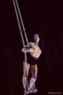 swinging trapeze giulia scamarcia