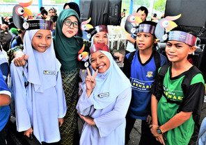 STOnline: Bird fair attracts 120 foreign delegates