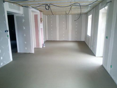 coulage chape appartement rénovation Bel