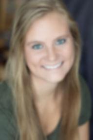 Laura Grandlund Headshot.jpg