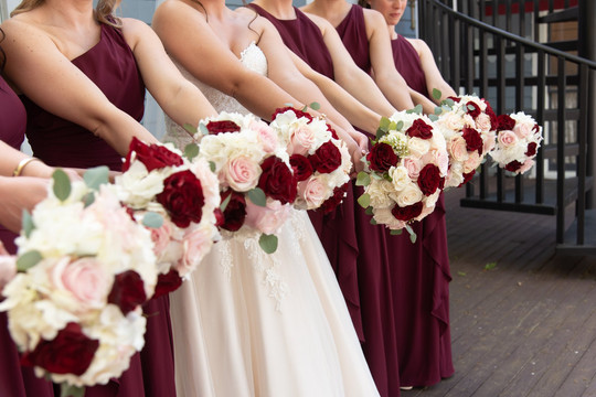 Bouquets by Linens and Flowers Design