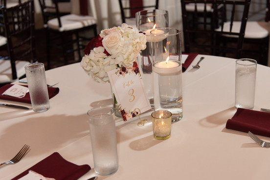 Simple Centerpiece / Florals by Linens and Flowers Design