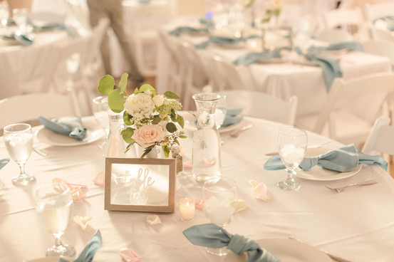 Pelican Beach Clubhouse - Table Styling by The Bridal Binder/ Florals by Buds Etc.