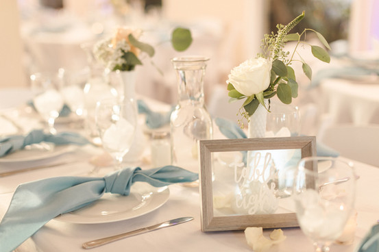 Table Styling by Laura / Florals by Buds Etc.