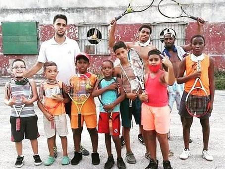 Eco Tennis Cuba Holds Practice on Havana's Streets and Beaches