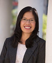Oanh Hall, Data Analyst
