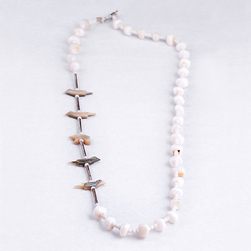 Consignment Shell and Aboloni Necklace NK0039