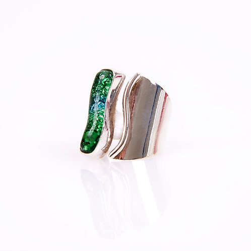Fuzed Glass Ring set in SIlver (.925)