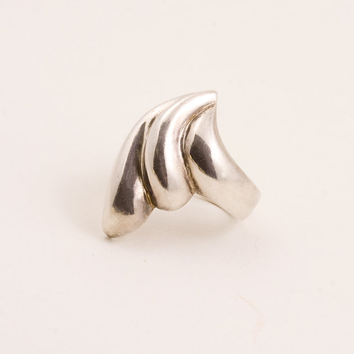 Consignment Sterling Wave Ring CC-0173