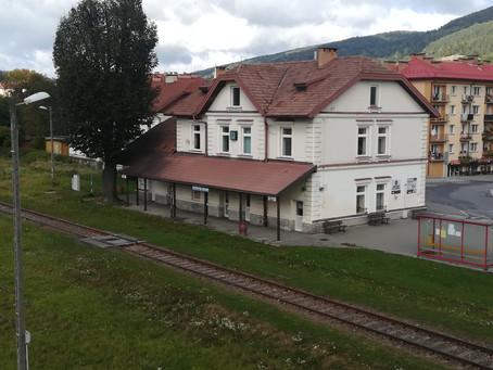 Budynek dworca kolejowego Ustrzyki Dolne