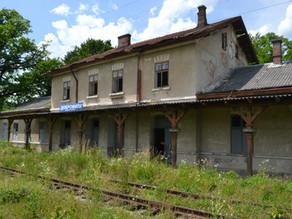 Budynek stacji kolejowej Dobromil