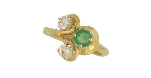 14k Diamond and Emerald Fashion Ring
