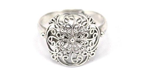 FILI Sterling Silver Filigree Ring
