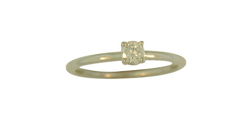 14kw Diamond Solitaire Ring