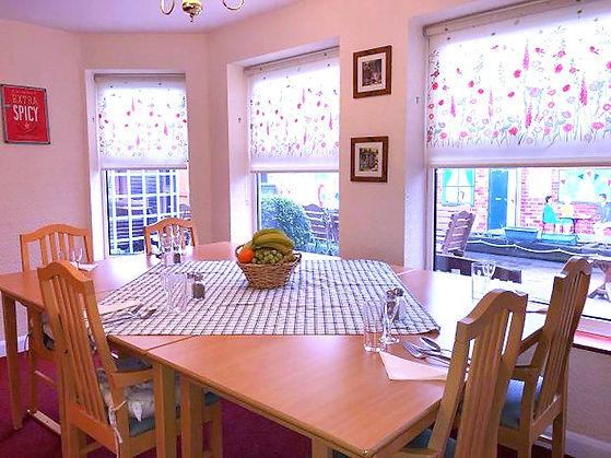 Waterloo House Dining room_edited.jpg