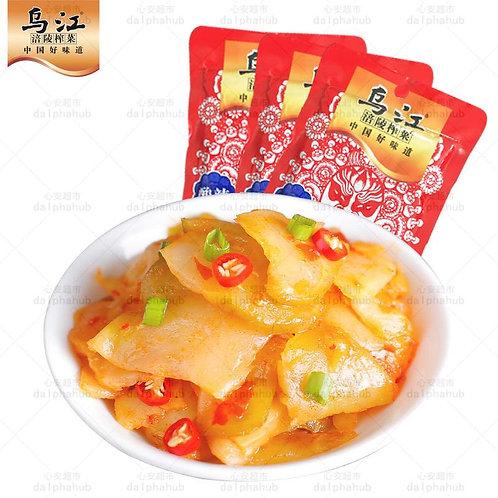 Pickled vegetables 乌江涪陵酸辣榨菜片80g