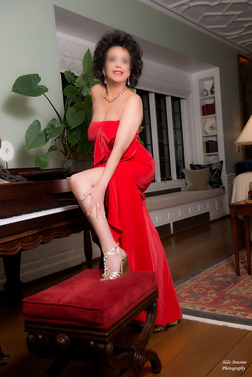 Steph Red Dress 01_LB.jpg