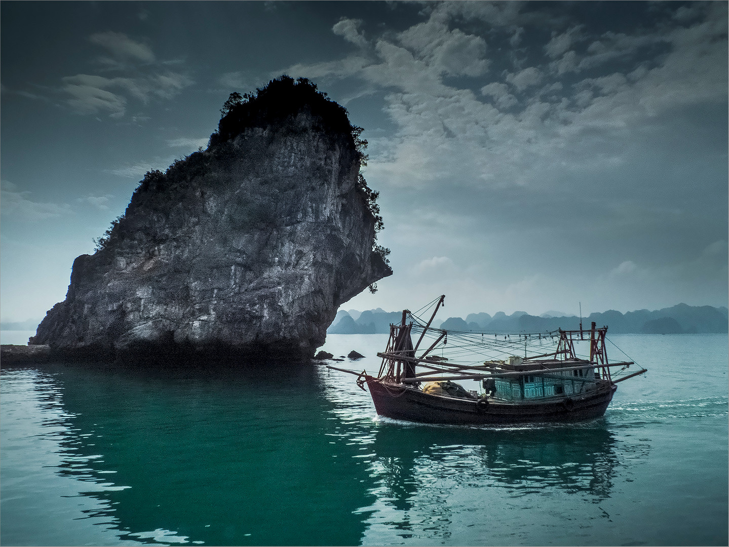 Harlong Bay Islands