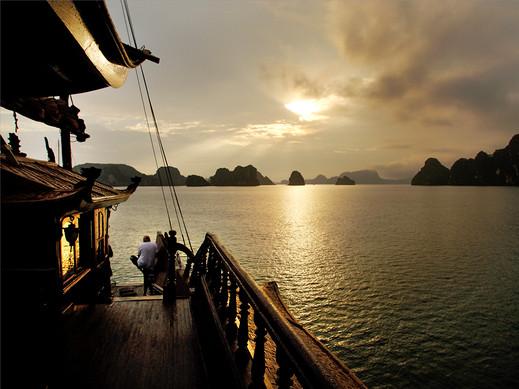 Sunset, Halong Bay