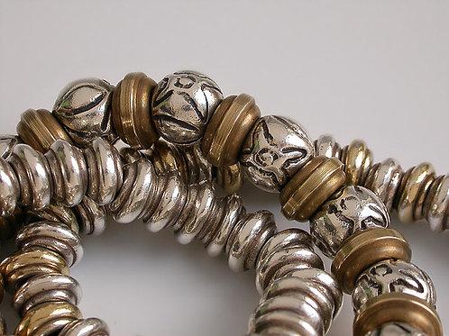 Satélites: pulsera de plata