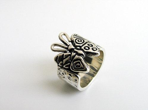 anillo mariposas